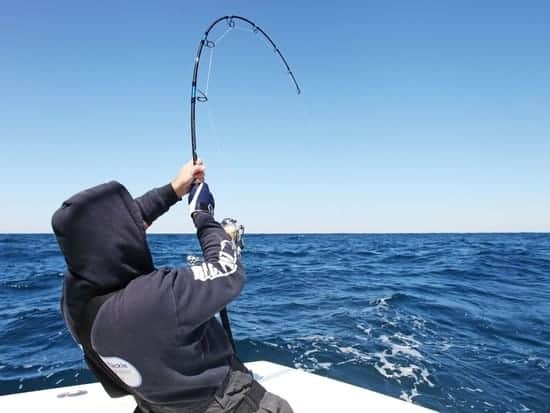 best-saltwater-fishing-rod-and-reel-combo